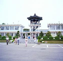 Haus-des-Friedens in Spektakuläres Konzert – an der innerkoreanischen Grenze