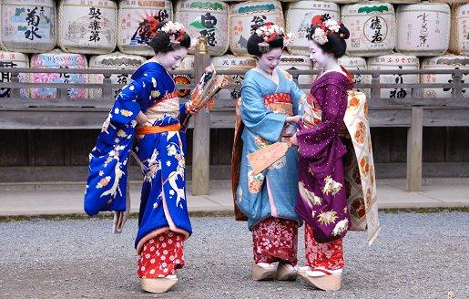 Japanerin M 143116 in Japan-Reisen ohne Strahlengefahren