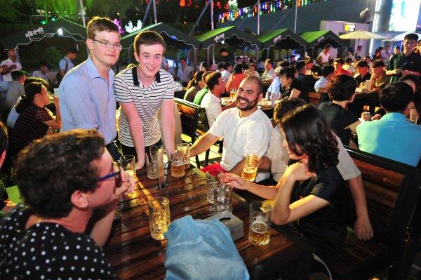 Bierfestival Pyongyang Nordkorea 4 in